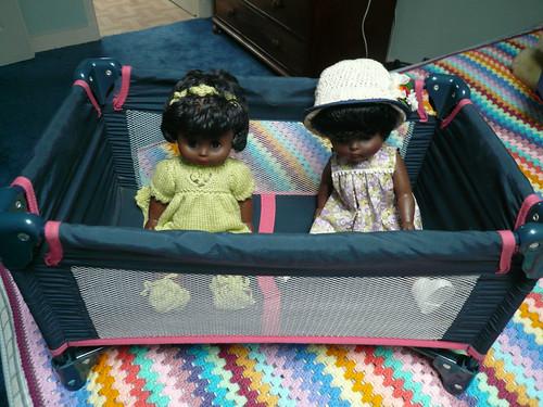 Folding Dolls' Cot 2