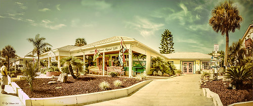 Pano image of shops at Flagler Beach, Florida