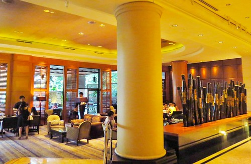 The Bar and Alfresco at One-Ninety, Four Seasons Hotel, Singapore