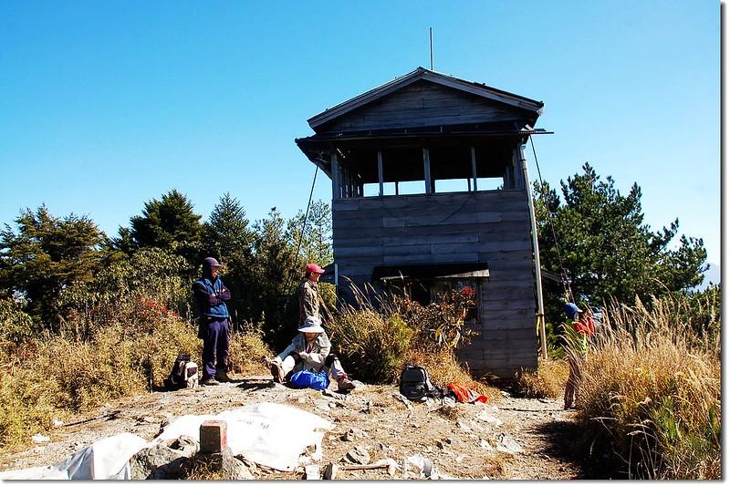 西巒大山頂瞭望台