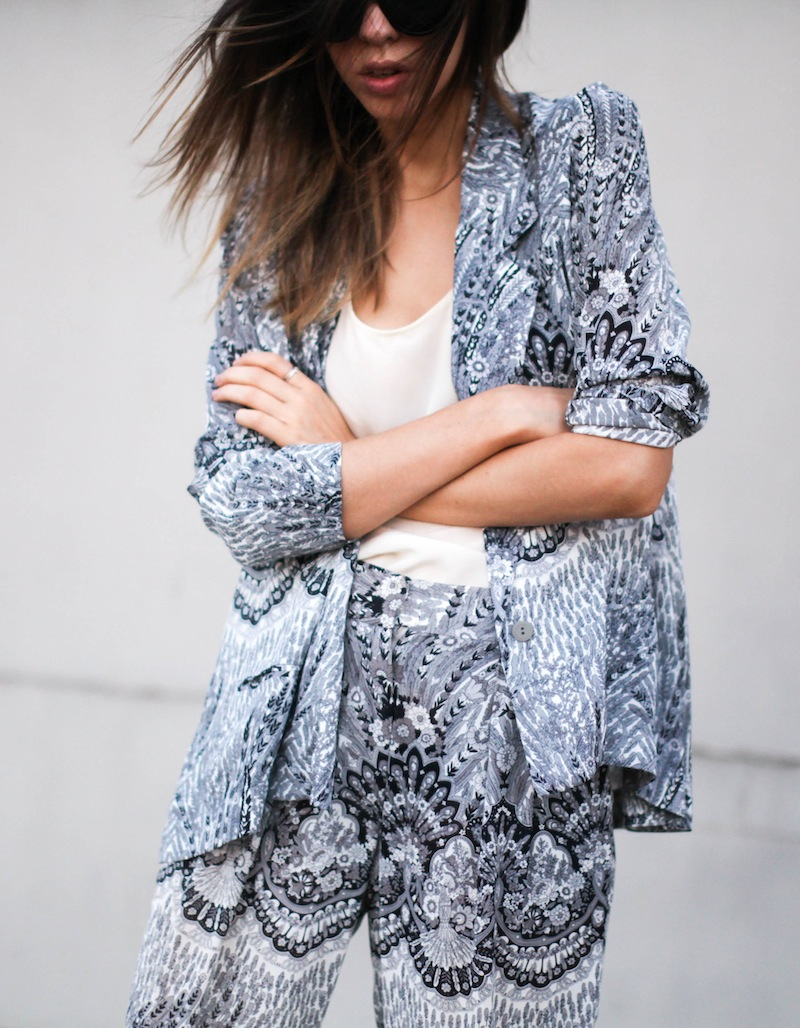 modern legacy fashion style blog Australia Zimmermann print blazer pants street style macthing suit grey-2