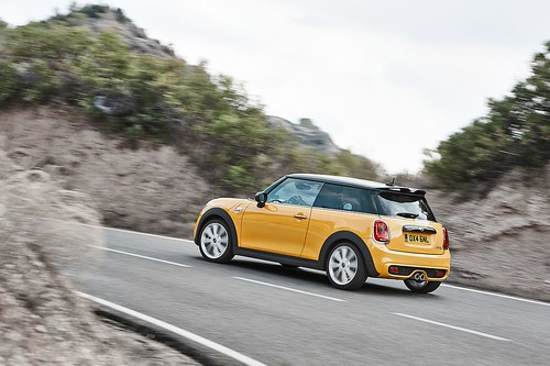 The-new-BMW-Mini-is-revealed-3