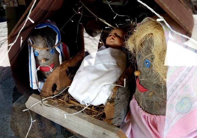 Stump people nativity scene, Euroa