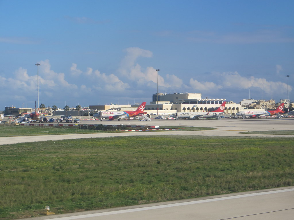 Malta (Valletta/Luqa) Airport (MLA / LMML) 11718367576_6063fe314a_b