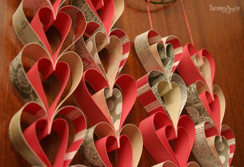 Tacones con gracia decoramos la casa en san valent n for Puertas decoradas del 14 de febrero