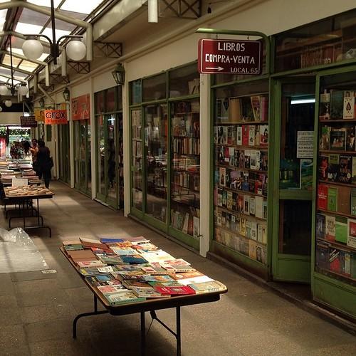 Edificio Véneto, Feria permanente del libro usado -  #Providencia 1120 #Santiago
