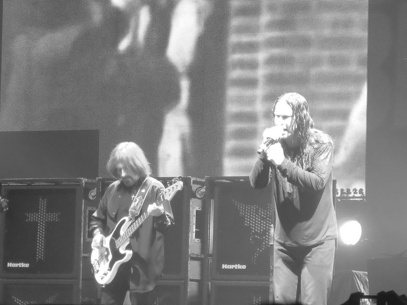 Black Sabbath Ottawa Canadian Tire Place April 13 2014 040