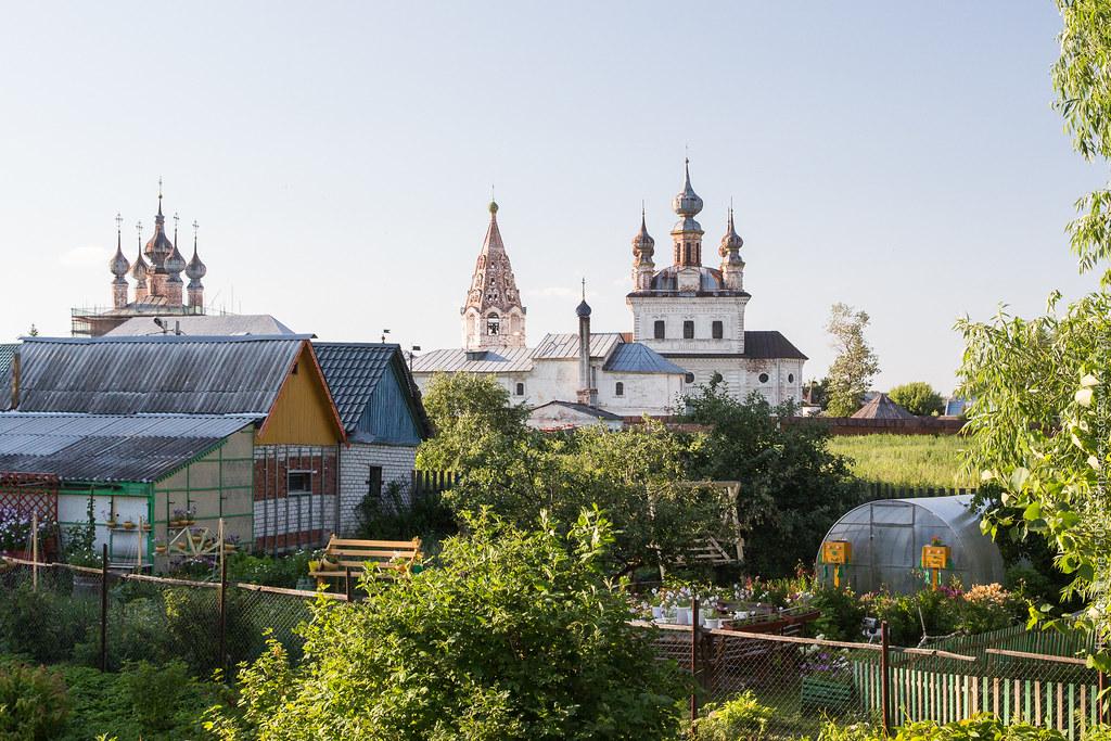 Михайло-Архангельский монастырь и парник