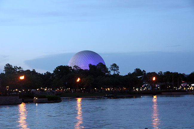 Night_Epcot4