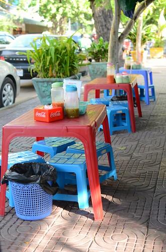 Phnom Penh streetside dining
