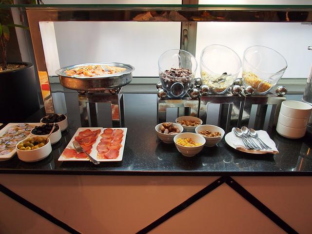 HUSA Hotel豐盛的早餐