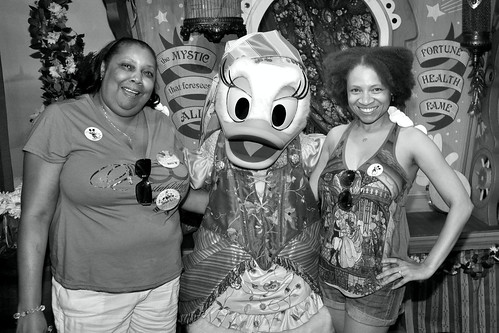 Meeting Daisy Duck