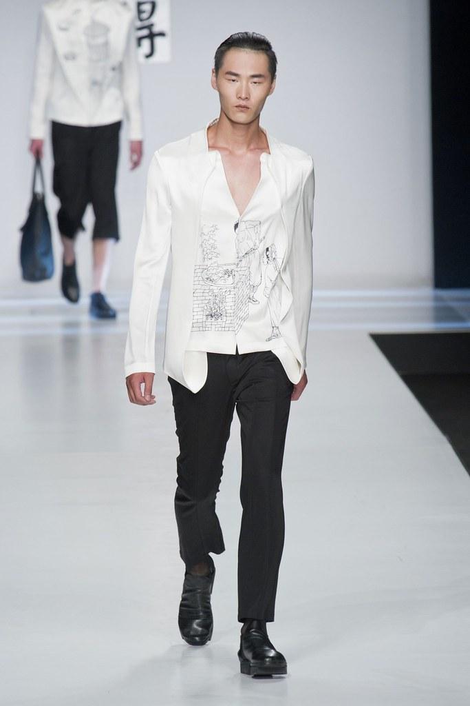 SS14 Milan Ji Wenbo038_Li Zhen(fashionising.com)