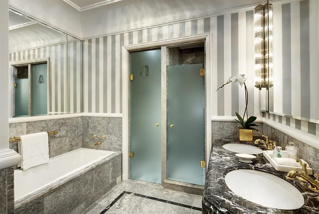 The St Regis New York Guest Room Bathroom Flickr Photo Sharing