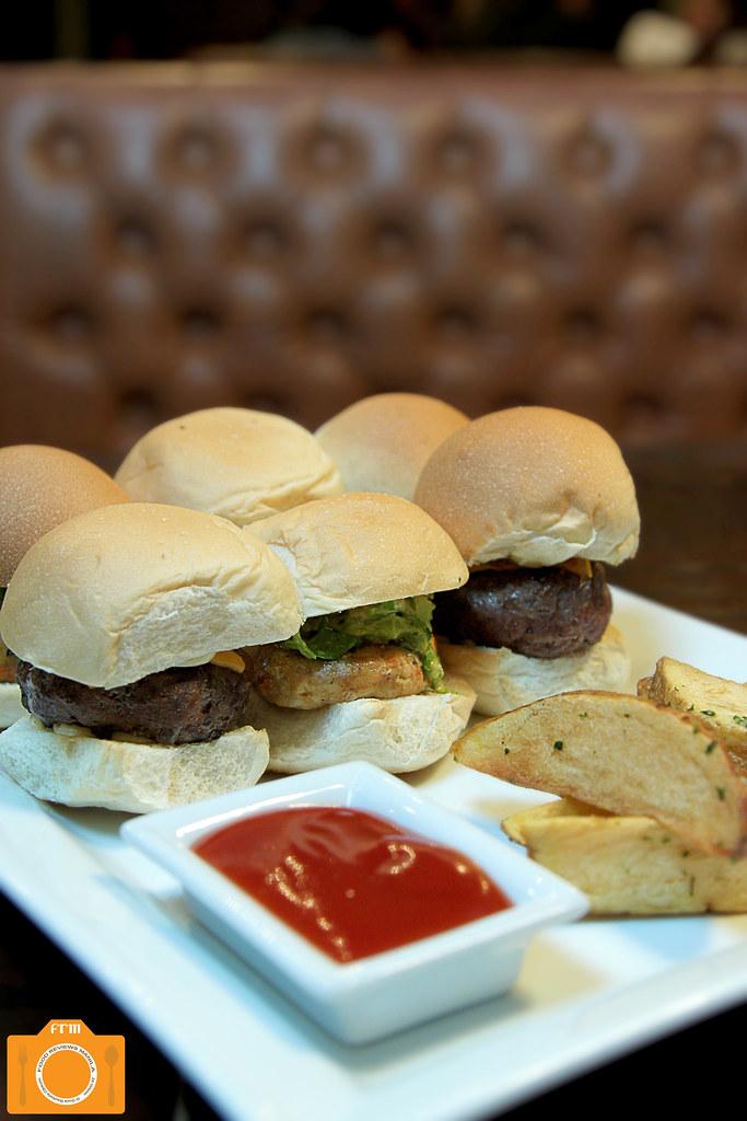 Urbn Bar Mini Burgers