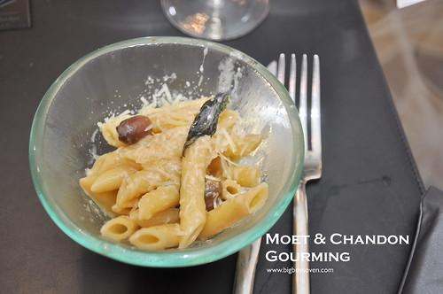 MOET & CHANDON GOURMING 19