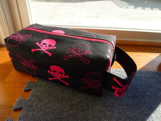 Misocraftyknits Pink Skull Bag drea