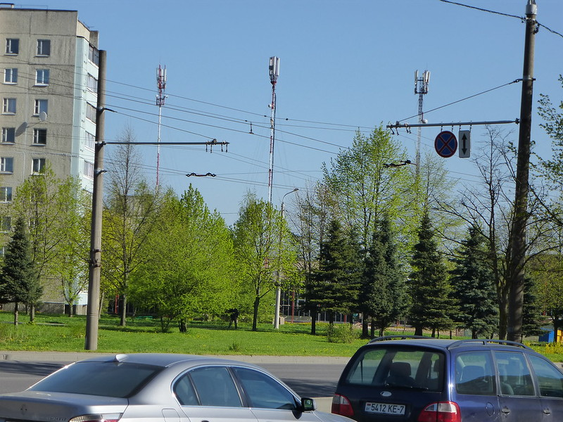 Mobile wireless towers
