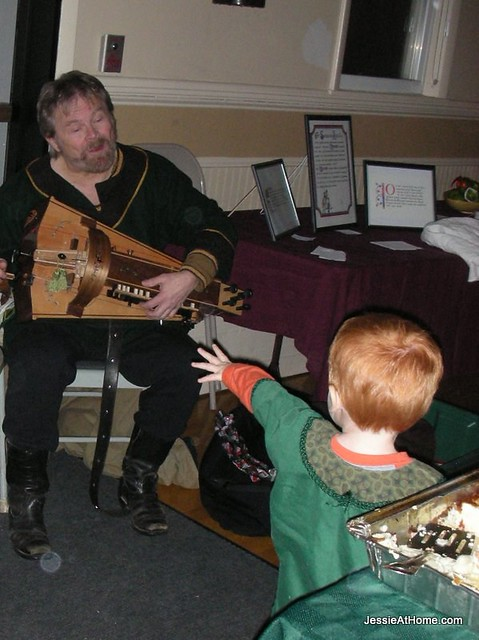 Kenny-Banin-and-the-Hurdy-Gurdy