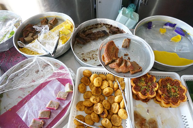 malay nyonya kuih in melaka - Perhentian kuih kampong-005