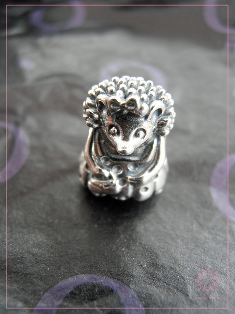 Miss Hedgehog Charm (791179)