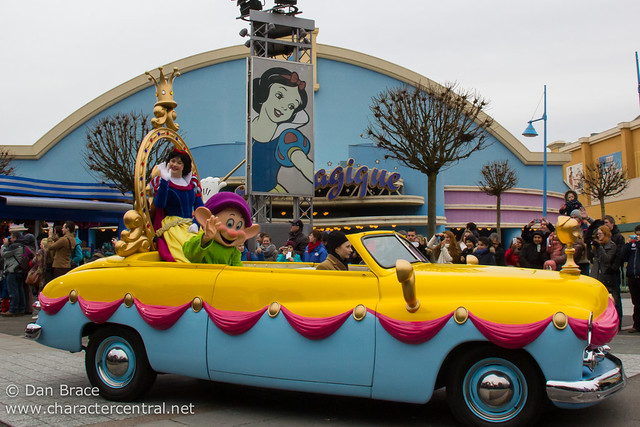 Stars 'n' Cars Parade