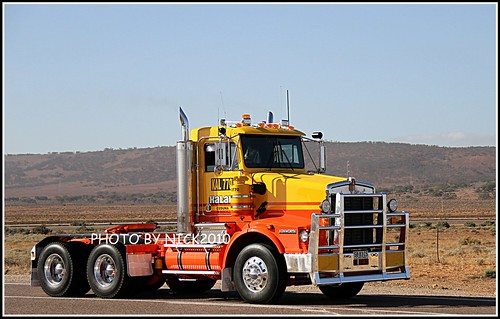 Brand new Kalari 0770 Kenworth T658 heading to Ceduna