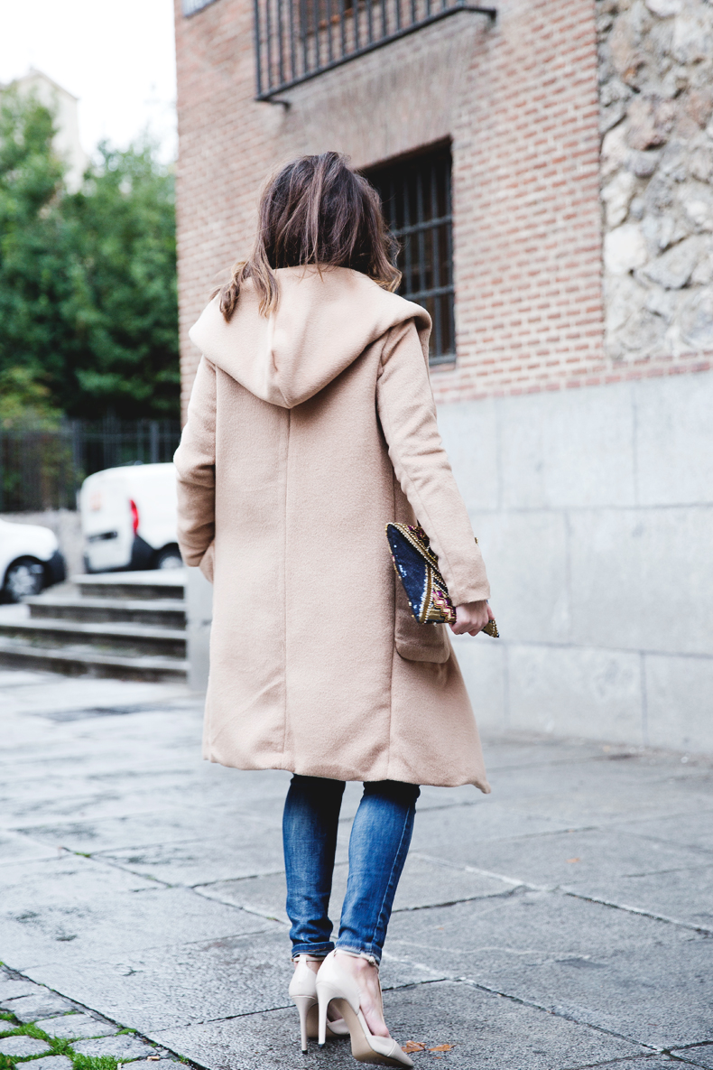 Nude_Coat-Ripped_Jeans-White-Street_Style-Outfit-Collage_Vintage-39