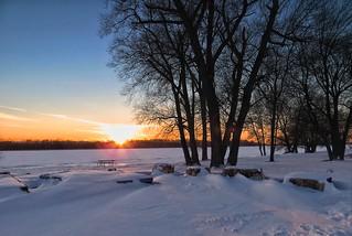 Snow-Sunset-Light