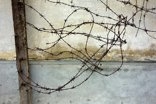 Barbed wire, Tuol Sleng