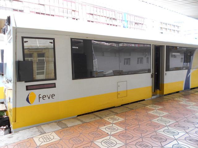 Exterior Tren FEVE Santander Oviedo