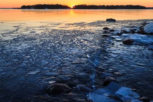 lauttasaari talvi reflection seascape landscape meri auringonlasku jää aurinko helsinki ice laru sea sun sundown sunset winter