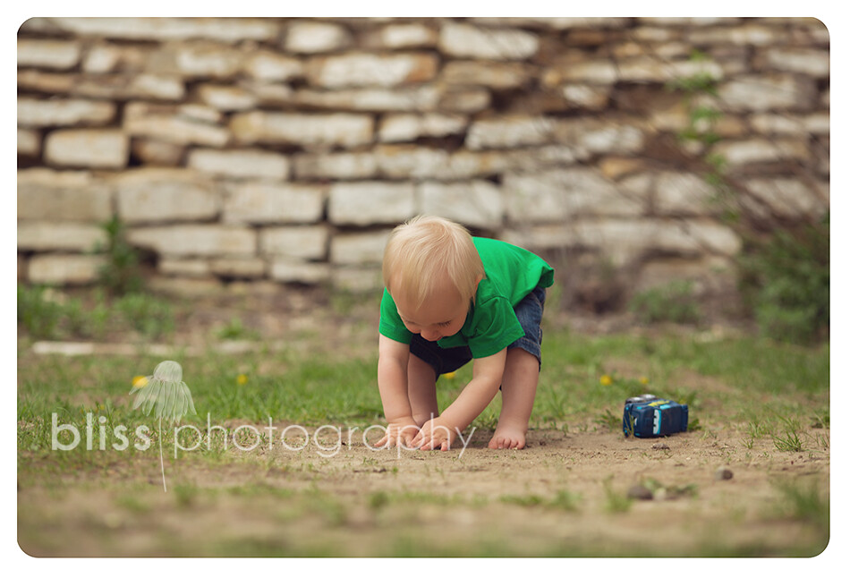 boy in dirt bliss photography-4138