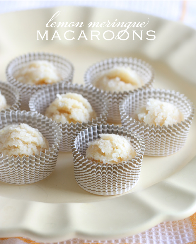 lemon-meringue-macaroons
