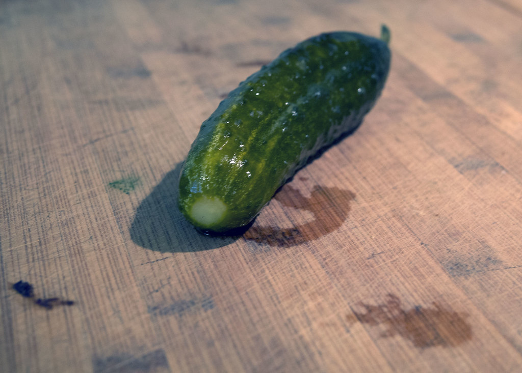 How to Make Pickles (especially when its hot) pickles fermented pickles cucumbers