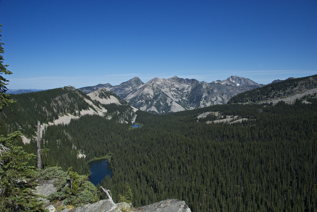 Engle Lake basin trail 932