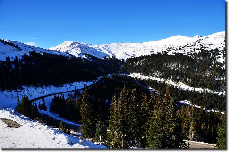 Loveland Pass俯瞰 US 6公路(東邊)