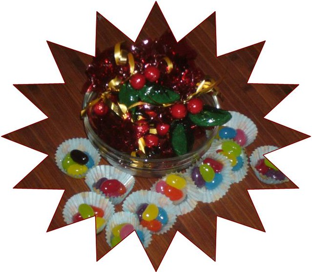 Simple Christmas Craft: finished product - holly lollies and jelly bean fridge magnets