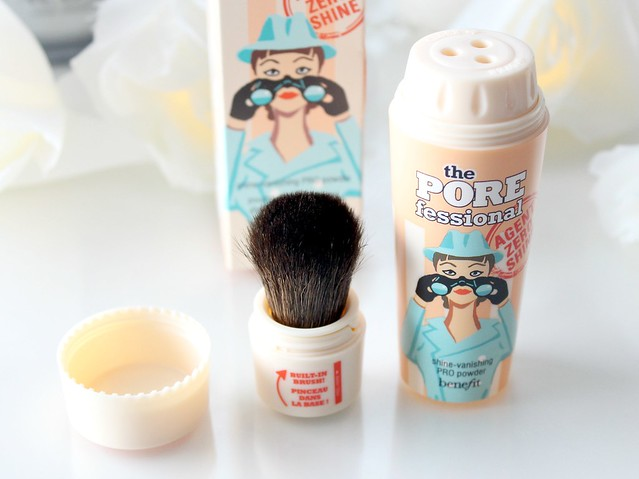 Benefit Porefessional Shine-vanishing PRO Powder Review 8
