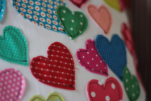 hearts pillow2