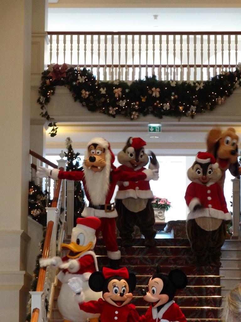 Un séjour pour la Noël à Disneyland et au Royaume d'Arendelle.... - Page 4 13693500575_b8628272e3_b