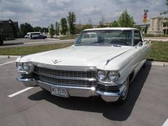 automobile, automotive exterior, cadillac, vehicle, cadillac coupe de ville, sedan, land vehicle, luxury vehicle,