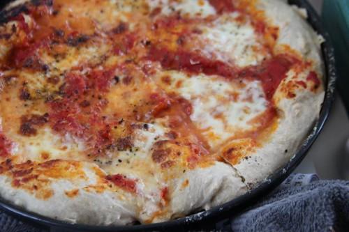 rosso pomodoro pizza