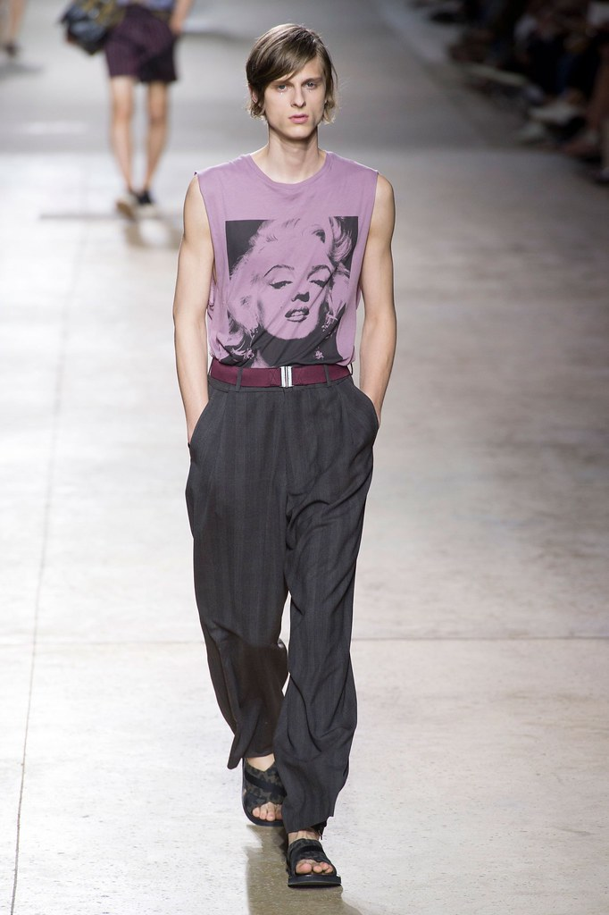 Elvis Jankus3275_SS16  Paris Dries Van Noten(fashionising.com)