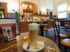 Latte Macchiato im Mövenpick Cafe
