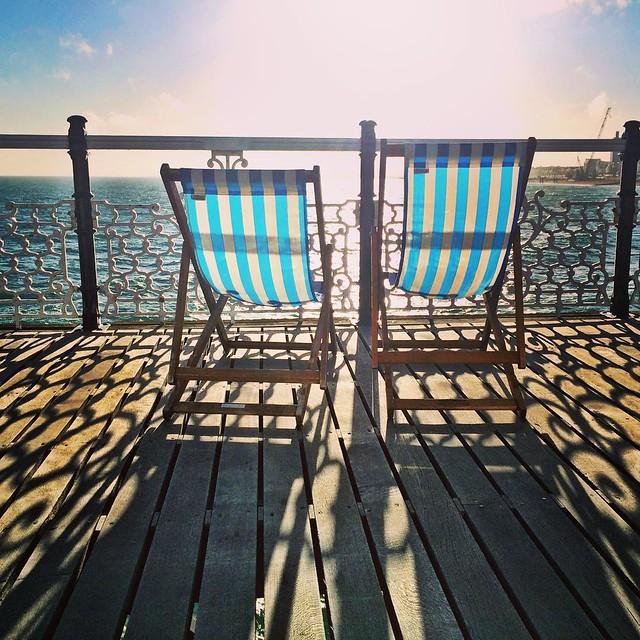 #brighton #brightonrocks #brightonpier #deckchairs #ohidoliketobebesidetheseaside