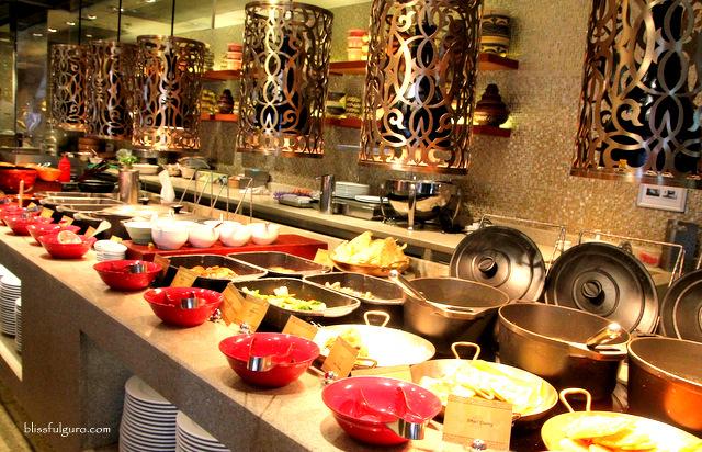 Sule Shangri-La Hotel Yangon Myanmar Buffet Breakfast