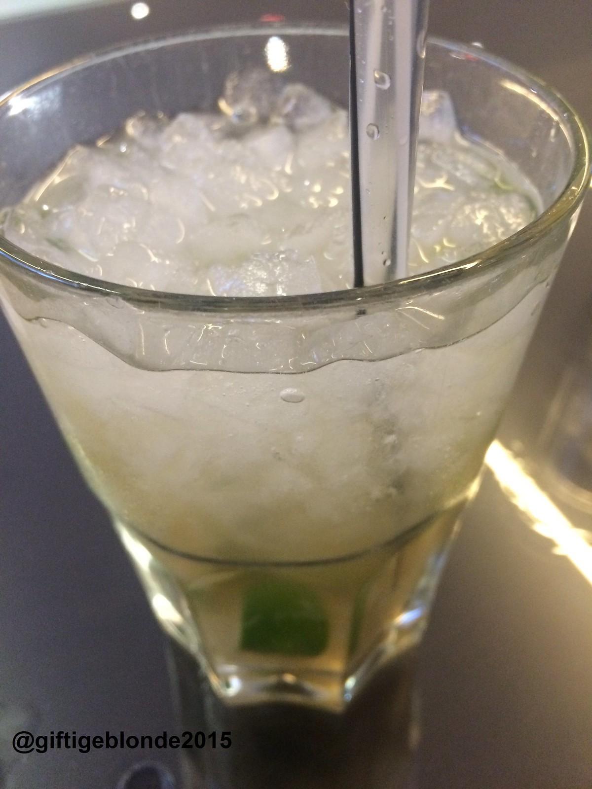 Abendlicher Drink - Caipirinha