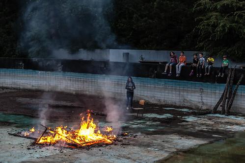 Feuer im Becken; copyright 2013: Georg Berg