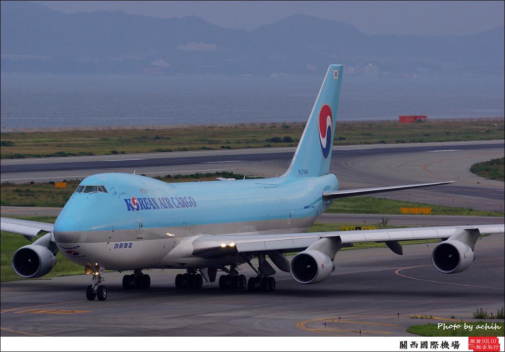 Korean Air HL7449-001